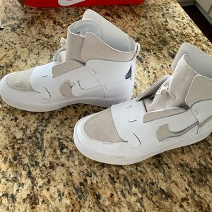Nike Vandalized LX women's shoe RARE